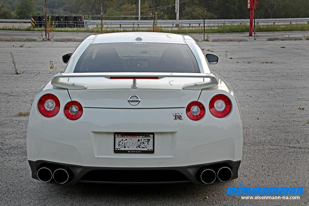 Eisenmann_Nissan_GTR